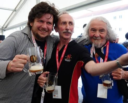 Paweł Piłat, Don Jeffrey, Ian Hornsey