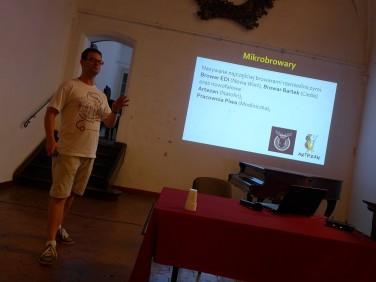 Browarnik Tomek prezentuje