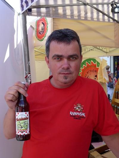 Darek ze Spirifera z nowym piwem