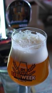 Piwo festiwalowe - Summer Ale uwarzone przez organizatorów w Browarze Twigg