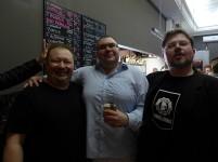 Właściciele - Mikołaj i Sławek oraz piwny menago Kuba